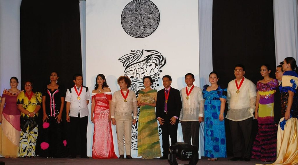 Philippine Daily Inquirer: Bicolanos to receive the 'Rokyaw Ibalnong' awards in Legazpi City